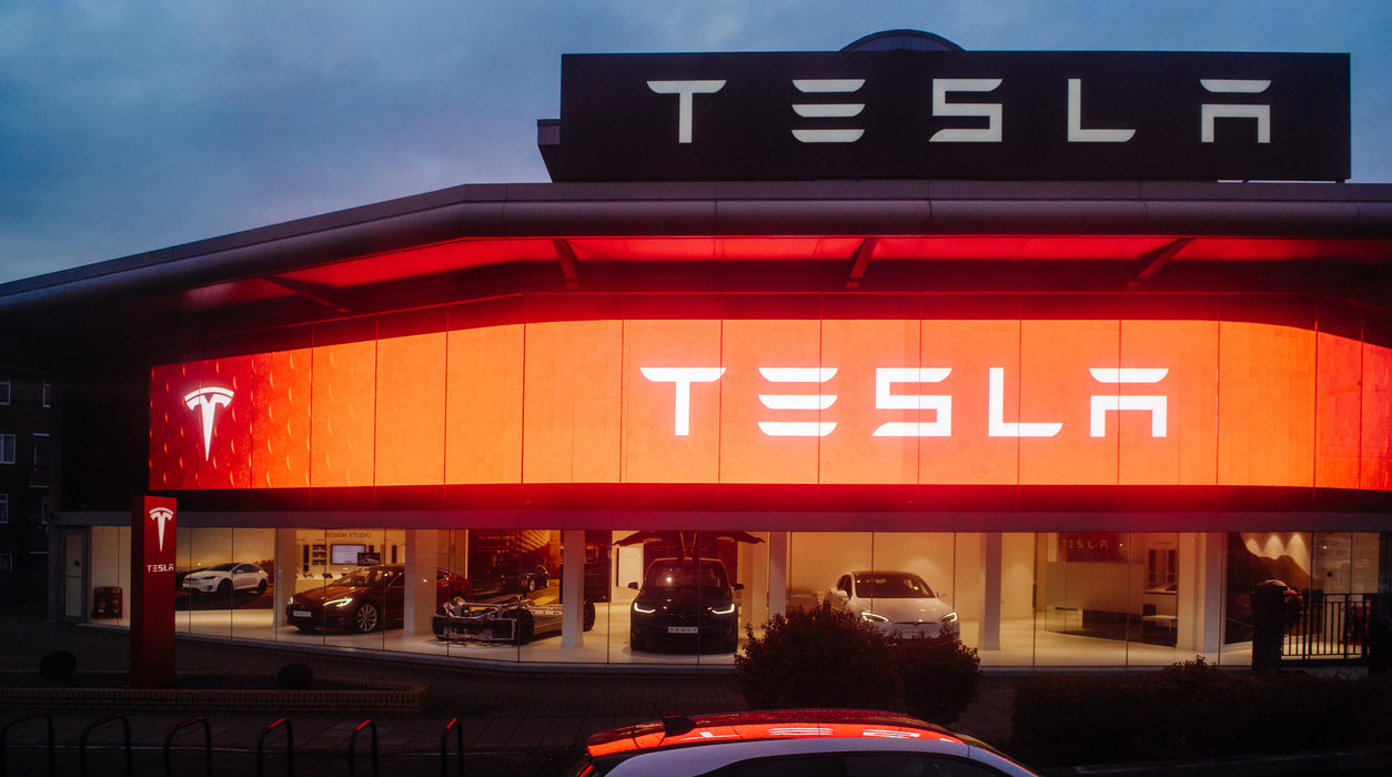 Can Any Tesla Director Be Independent?